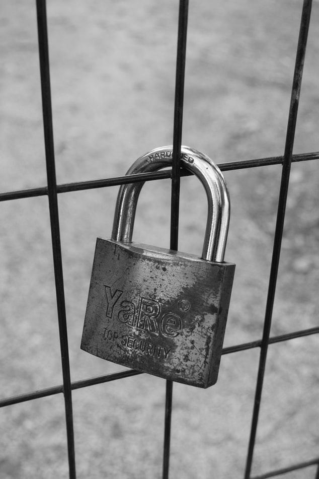 Why Wire Mesh Storage Bins Are A Bad Idea